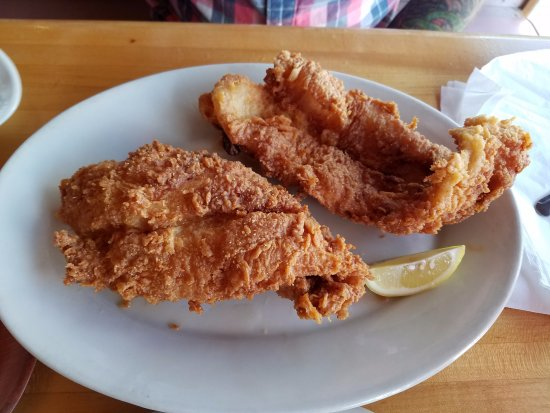 Spring Hill, FL: Fried Flounder dinner, so much fish! It was Excellent!!