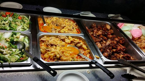our wednesday wing lunch buffet picture of emerald of