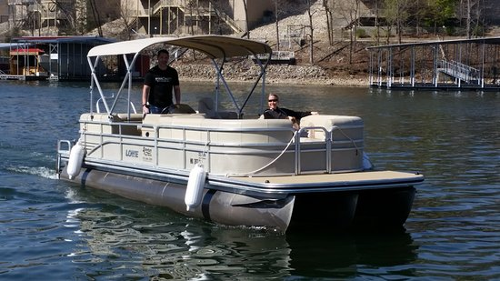 Adventure Boat Rentals: 2016 Lowe SS270 tritoon with 150HP Mercury outboard.