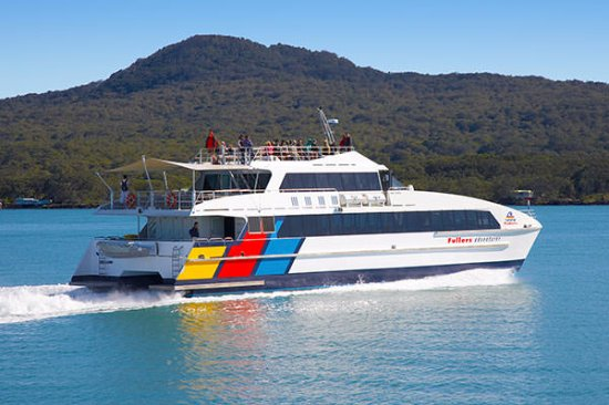 Fullers 360 Discovery Cruises