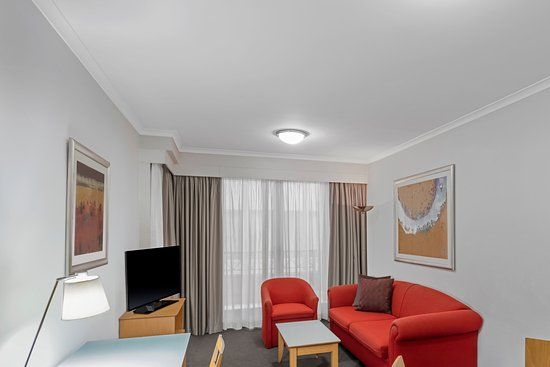 Medina Serviced Apartments Martin Place Picture