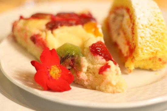 Lisciano Niccone, Włochy: Torta di frutta e salame del re