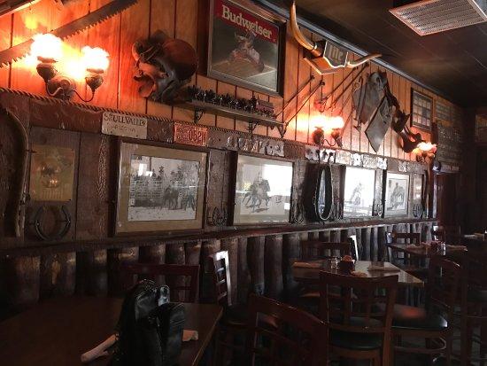 Rancho 7 Restaurant and Lounge: photo1.jpg