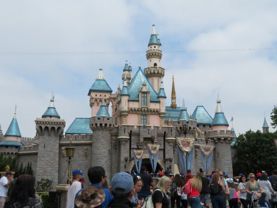 Anaheim, CA: Sleeping Beauty's castle