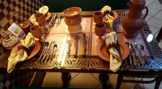 Clay Handi Restaurant Serving in Clay Dinnerware & Serving in Clay Dinnerware - Picture of Clay Handi Restaurant ...