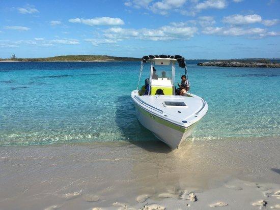 Robert's Island Adventures : photo2.jpg
