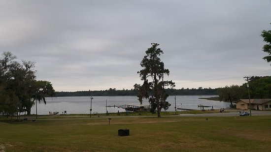 Lake Park, GA: View of the lake from the cabins