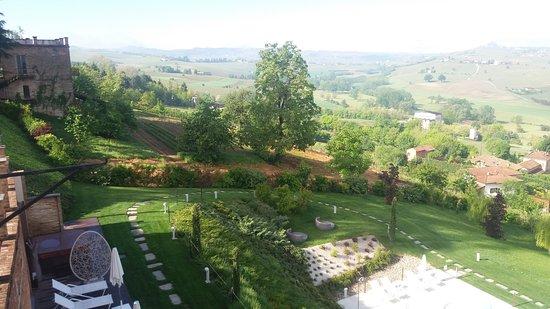 Agliano Terme, Italien: 20170507_092155_large.jpg