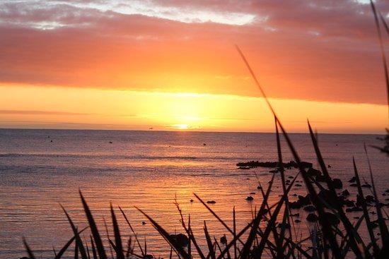 Whalers Cove Villas: Stunning sunrise