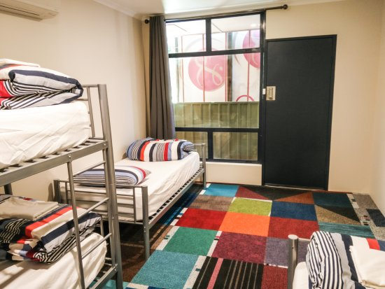 Jump Inn Alice Budget Accommodation 4 Person Dorm Room With One Bunk Bed And Two