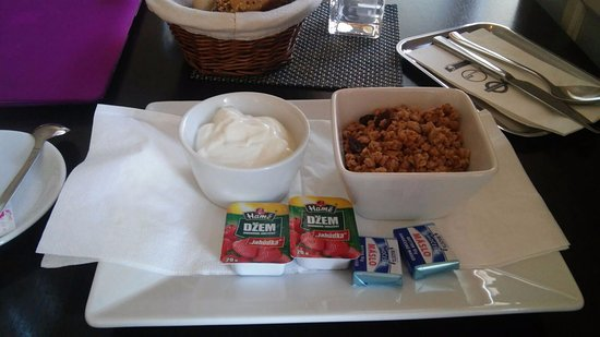 Grand Caffe Brasserie : I had cereals with the white cream ad they inclued jam, butter and two buns.