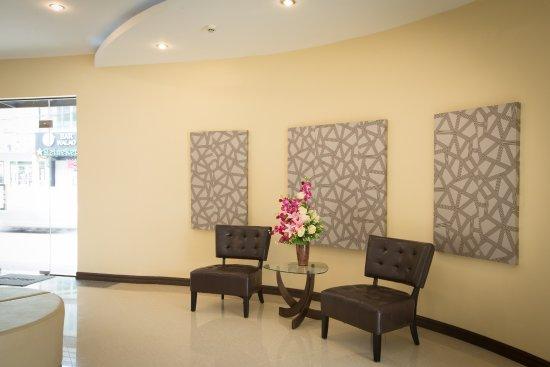 Center point boutique hotel vientiane laos hotel for Boutique center