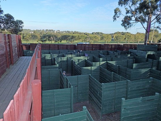 Cowes, Australia: Let's play, where's Vikki?