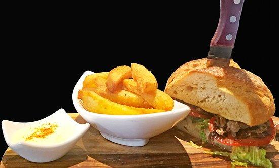 The Courtside Restaurant: Steak Sandwich