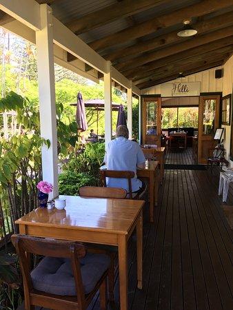 Hilli Restaurant & Cafe: photo0.jpg