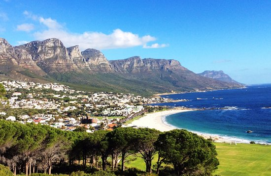 Villa Surprise: Camps Bay Beach and Twelve Apostles
