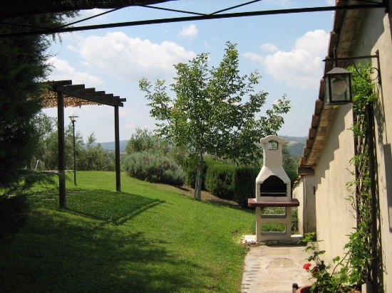 Scansano, Italy: barbecue La Casetta