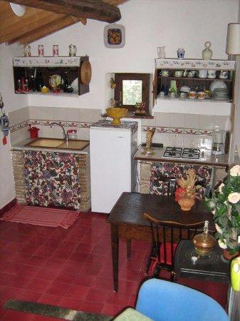 Scansano, Italy: cucina-pranzo La Casetta