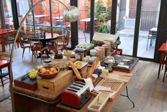 Aiguaclara Hotel: Desayuno Buffet