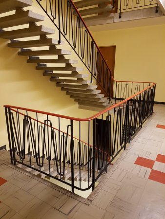 Hotel Carmen: Option to use either the elevator or the stairs