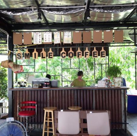 Smile Box Coffee & Resort