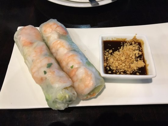 Sak's Thai Cuisine: Saks Thai - my fresh shrimp spring rolls