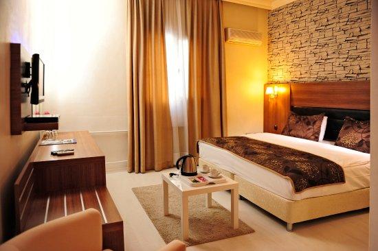 Tanik Hotel Photo