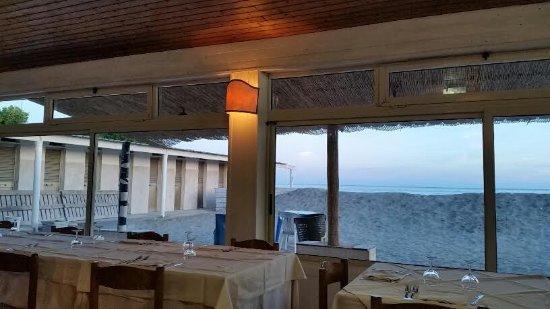 Bagno roma marinella di sarzana restaurant reviews phone number photos tripadvisor - Bagno roma marinella di sarzana ...
