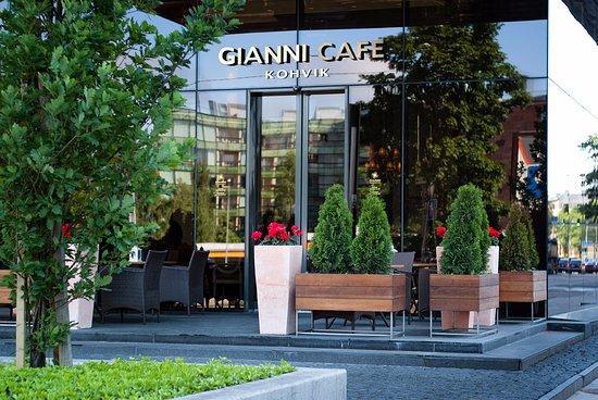 Gianni cafe