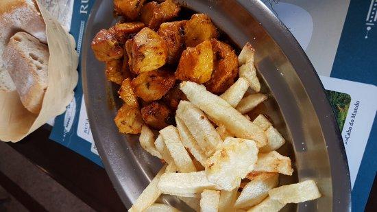 Mondonedo, Spain: perfektes Mittagsmenu (menu del dia plus wein😀)... schmackhaft, lecker und die Bedienung ist se
