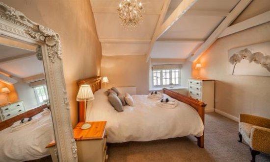 Duloe, UK: Old Farmhouse 2nd Master suite