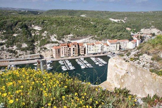 20170418 115033 photo de port de plaisance de for Restaurant bonifacio port