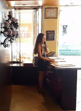 Cabana El Rey: Hostess station
