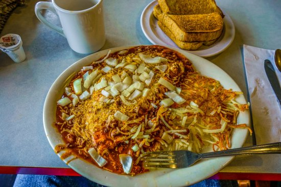 Cowgirl Cafe : The Cowgirl's chili & cheese omelette.