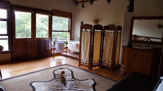 Indlovu River Lodge: Upper master bedroom