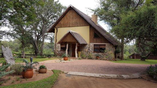 Indlovu River Lodge: Shingwedzi villa