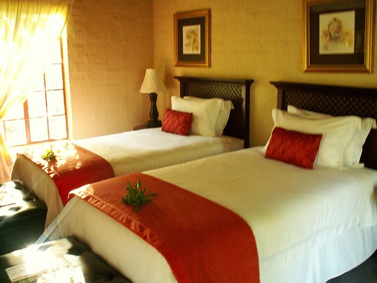 Shikwari Game Reserve: Jackalberry Suite - 3/4 or Super King option at Shikwari