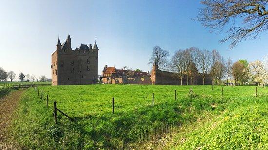 "Mideval castle ""Slot Doornenburgh"" - April 2017"