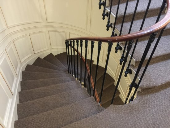 Touring Hotel: 部屋横の螺旋階段