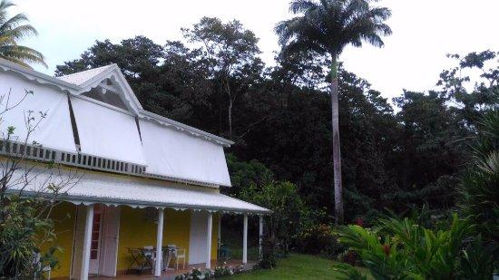 Petit-Bourg, Guadeloupe: vue des deux chambres