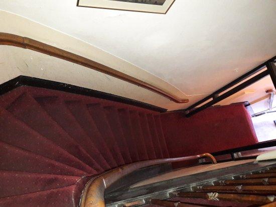 Hotel Agora: Un hôtel de l arnaque