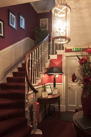 Allandale House: Entrance Hall