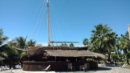 Captain Dulche's Museum : The Boat