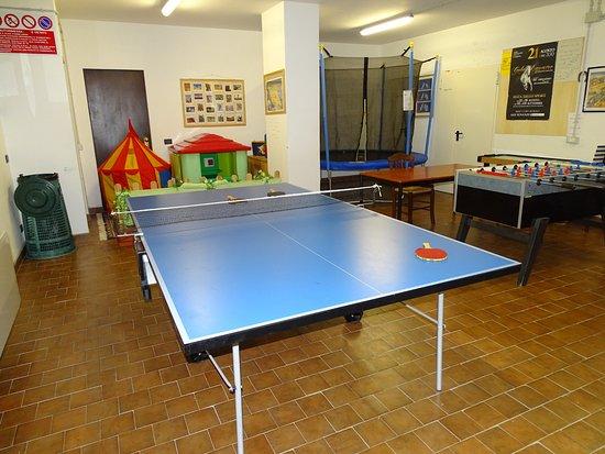San Venanzo, Italy: sala giochi interna