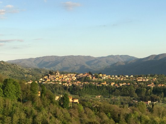 Castelvecchio Pascoli, إيطاليا: photo0.jpg