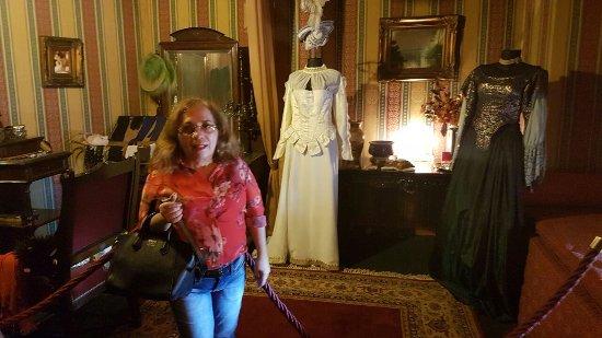 Teatro Amazonas Museum : peças do acervo