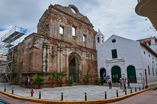 Casco antiguo panama picture of casco viejo panama city for Oficina del casco antiguo