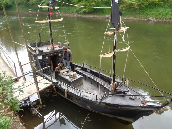 Museum of the Gorge : The Pirate Boat