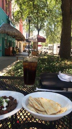 Paninoteca Mediterranean Cafe: photo0.jpg