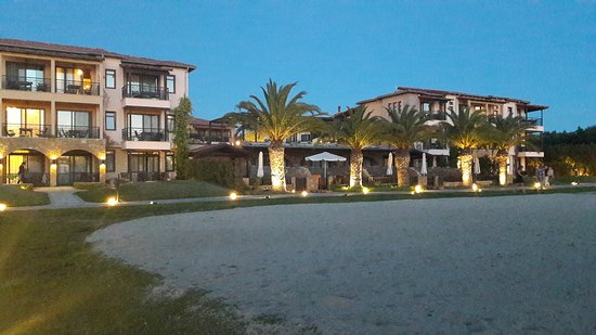 Anthemus Sea Beach Hotel & Spa: 20170508_205458_large.jpg